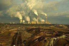 Západ Evropy se s uhlím loučí, na východě se uhelné elektrárny staví. Zmapovali jsme plány vlády i ČEZ